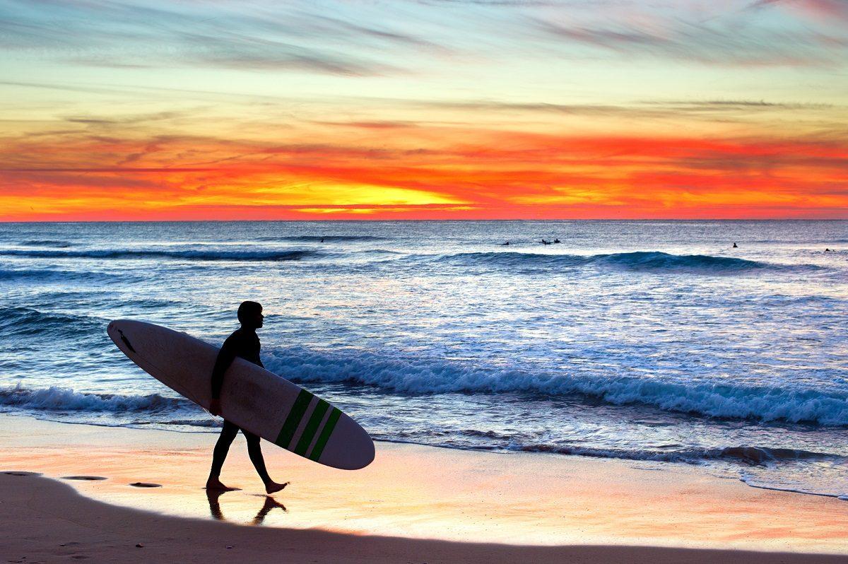 これからの季節からでもOK!夏に向けて秋冬にサーフィンをはじめよう♪