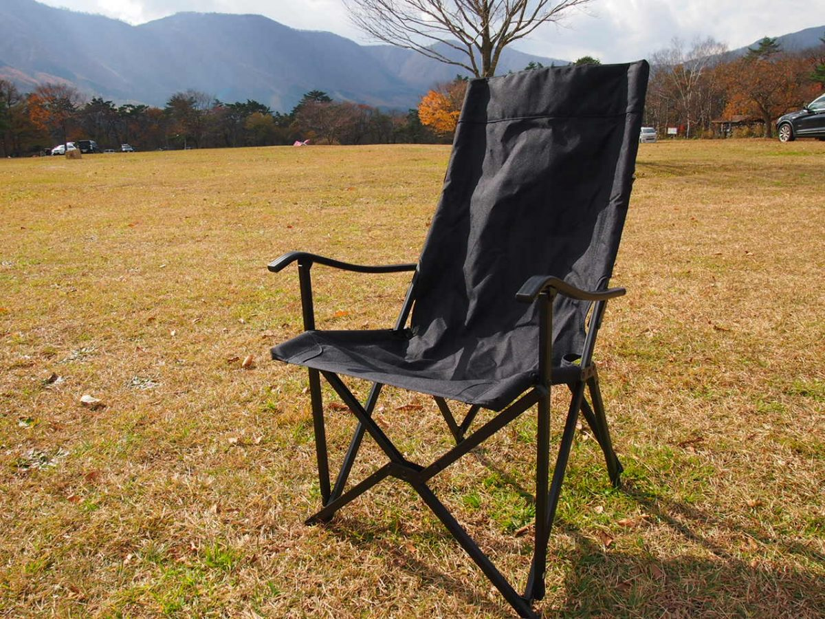 【キャンプビギナーが使ってみた】座り心地、コスパ最高。アディロンダック キャンパーズチェア