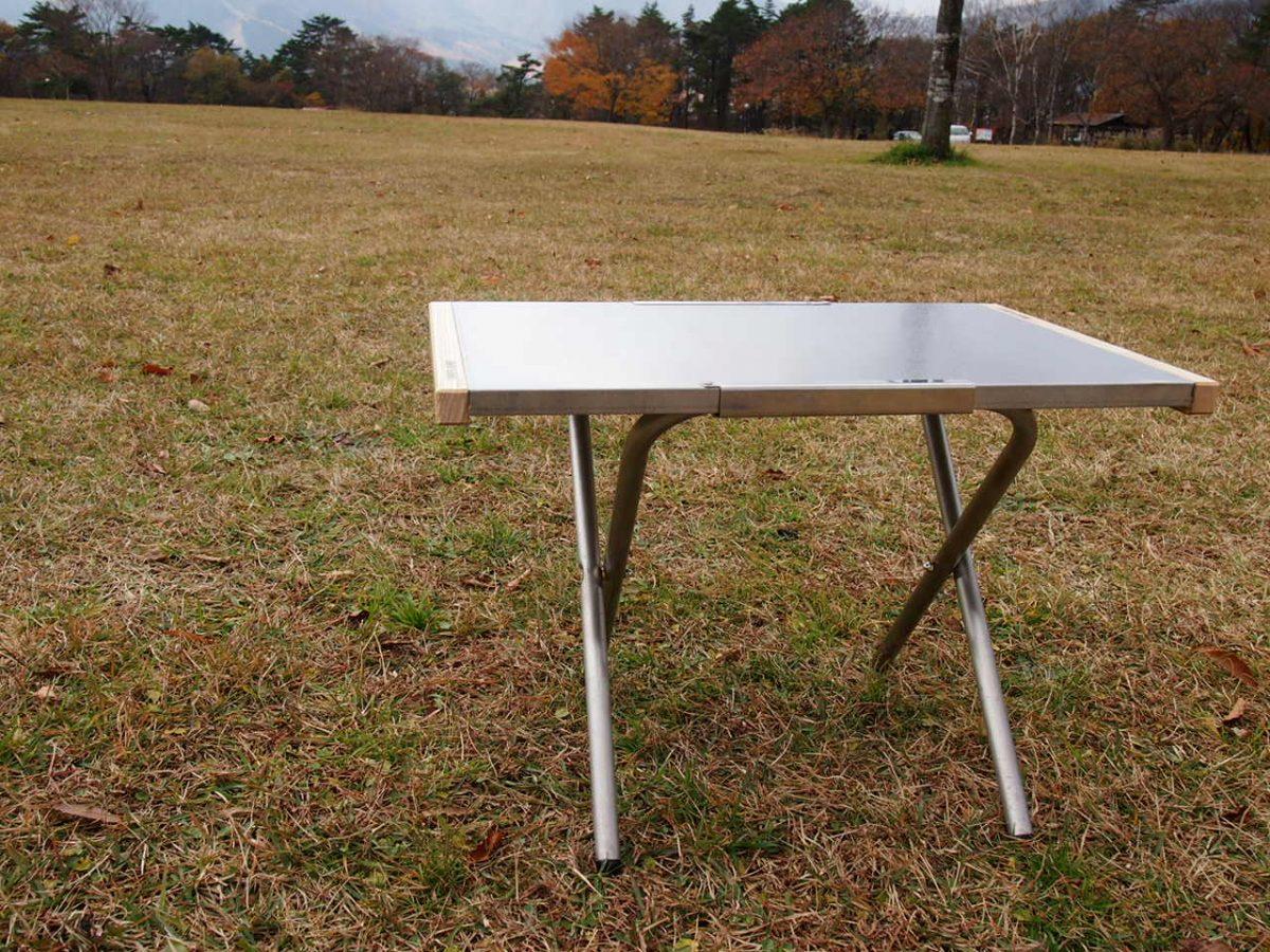 【キャンプビギナーが使ってみた】素材と高さが決め手♪ユニフレーム 焚火テーブル