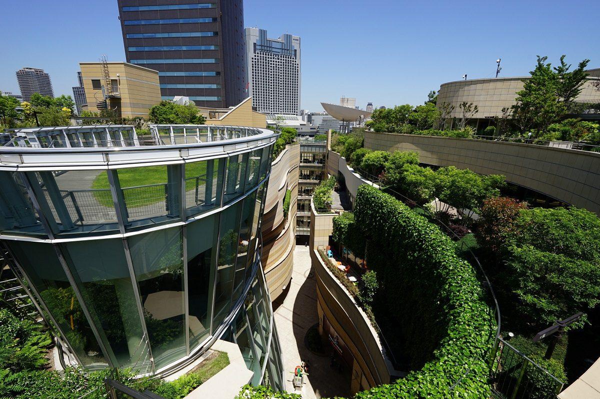 都市空間の快適環境を守る!「屋上緑化コーディネーター」になるには!?