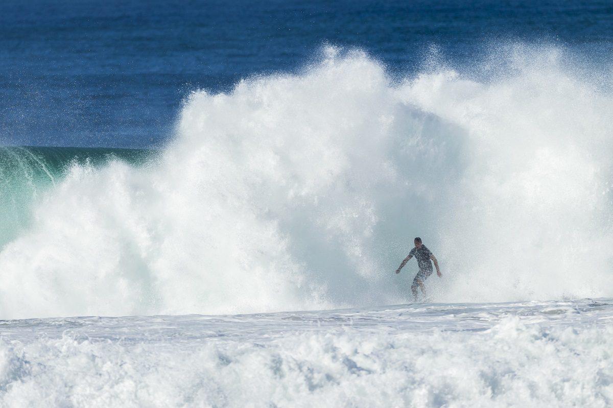 サーフィンにありがちなアクシデントとその対処法について