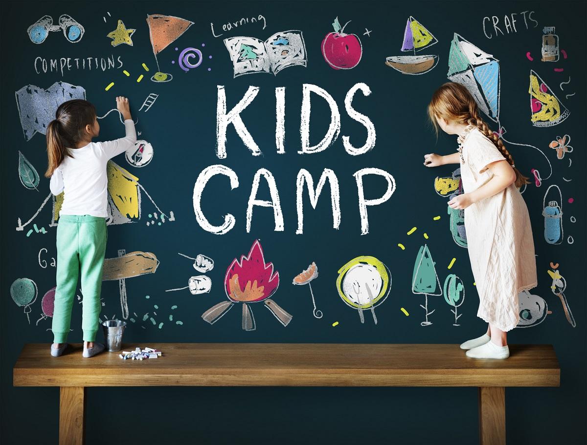 キャンプは何歳から連れて行ける?キャンプデビューの年齢と注意点