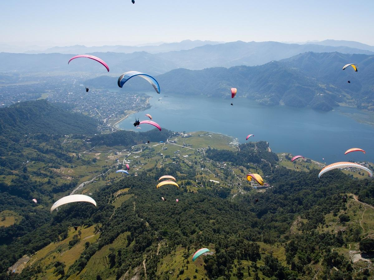 気軽に1日体験スクール!パラグライダーで空を飛んで非日常感を味わおう!