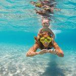 夏だけの楽しみ!親子で遊べる海上アスレチックで楽しく遊ぼう!!