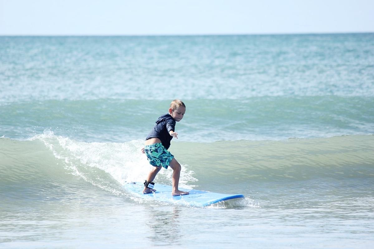 子どもサーフィン