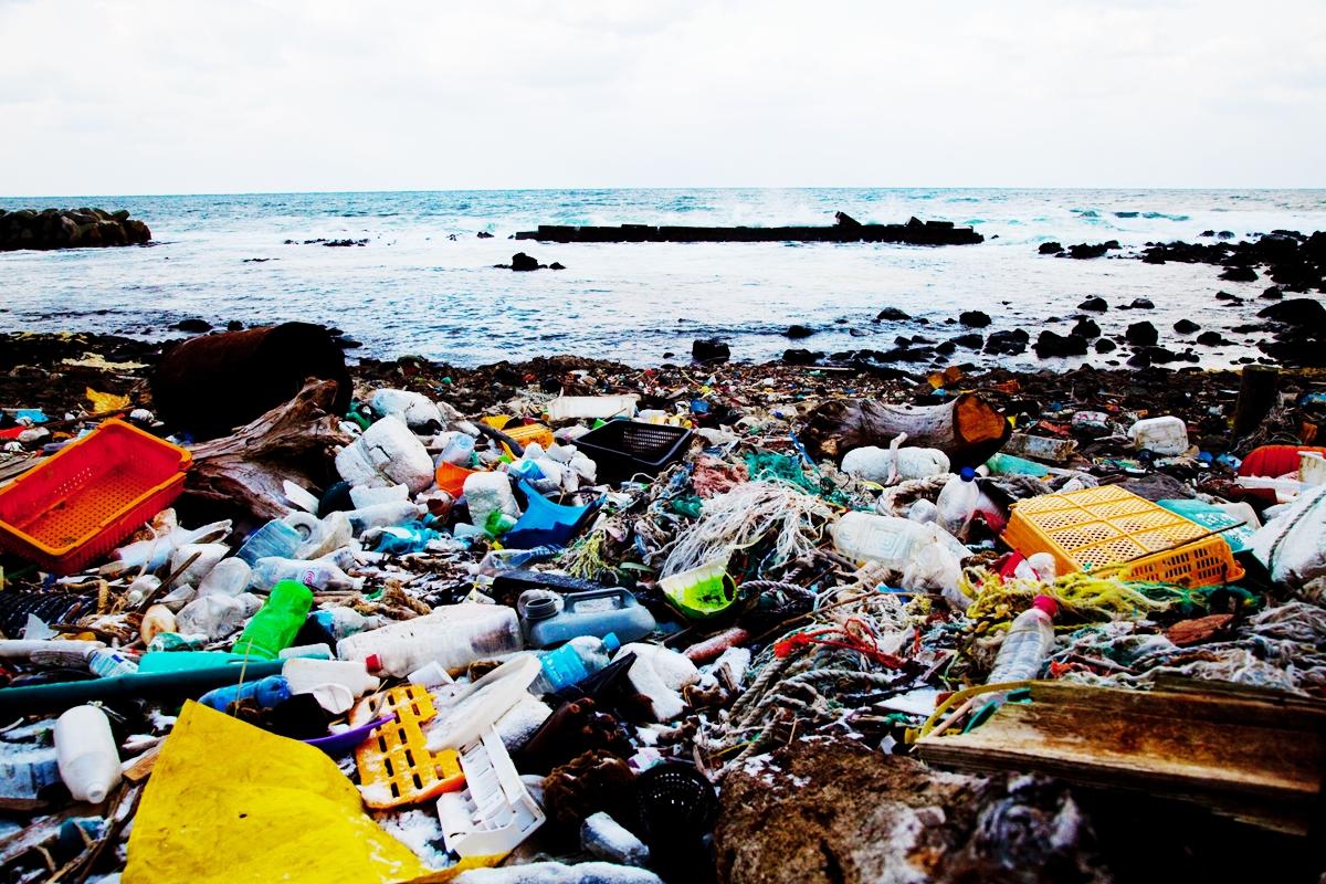 漂着したゴミ 海のゴミ 環境問題