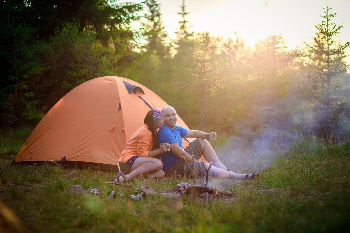 初めて山でテント泊に挑戦!準備するもの&注意点とは?