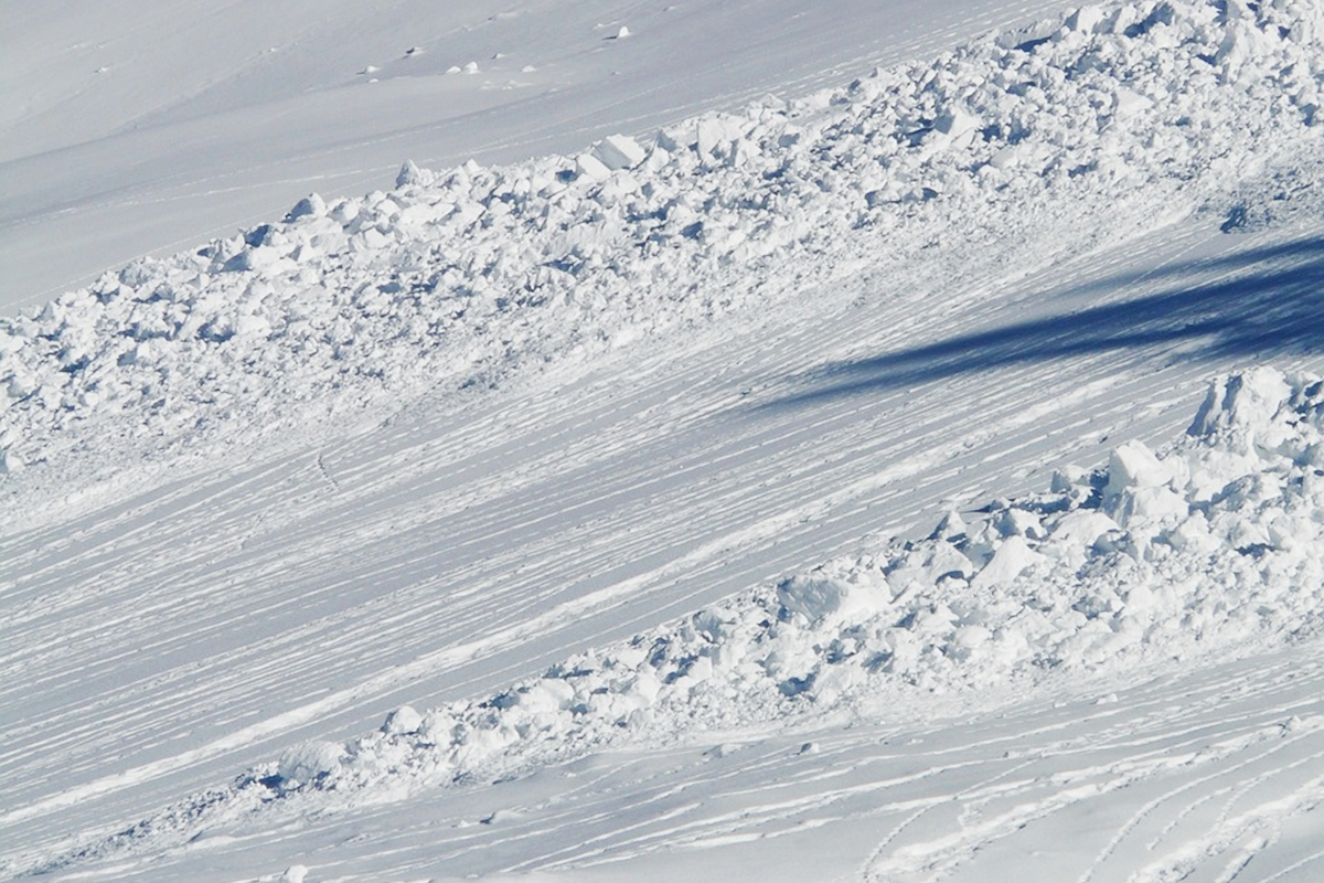雪崩 雪山&登山