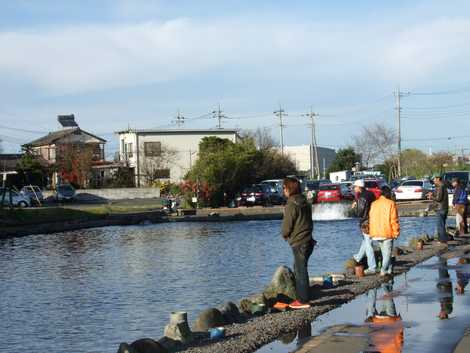 管理釣り場デート