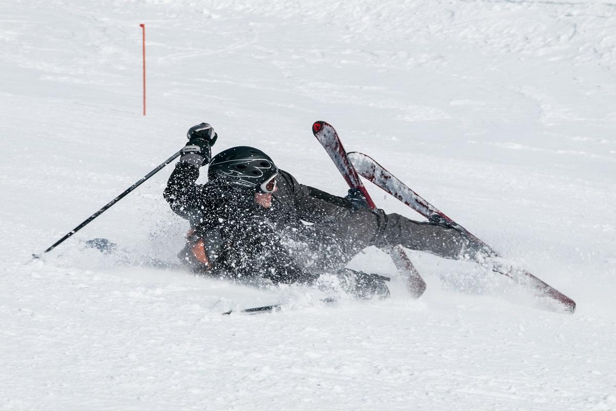 「スキー ケガ」の画像検索結果