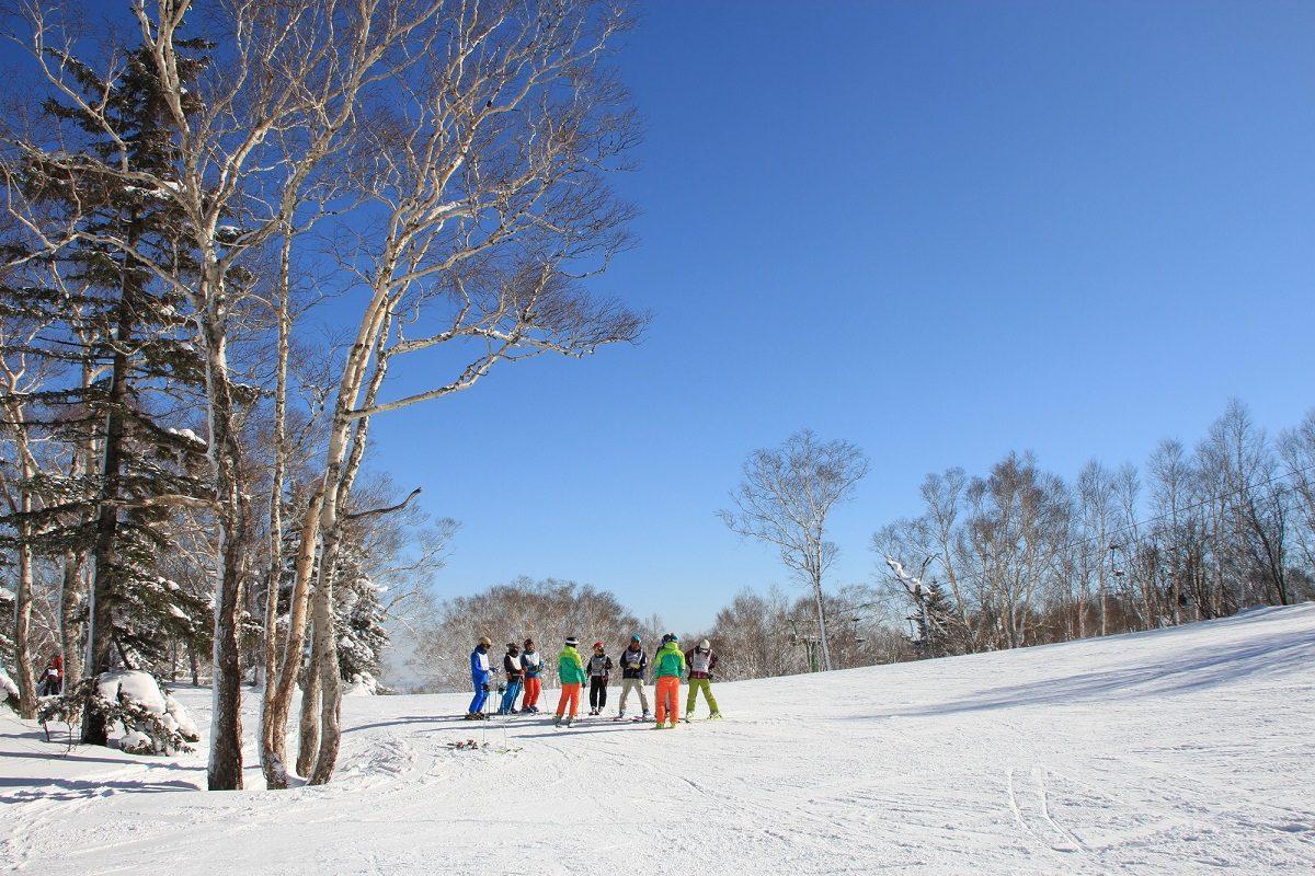 スキーの腕試し♪バッジテスト(検定)に挑戦してもっと上手くかっこよく滑ろう!