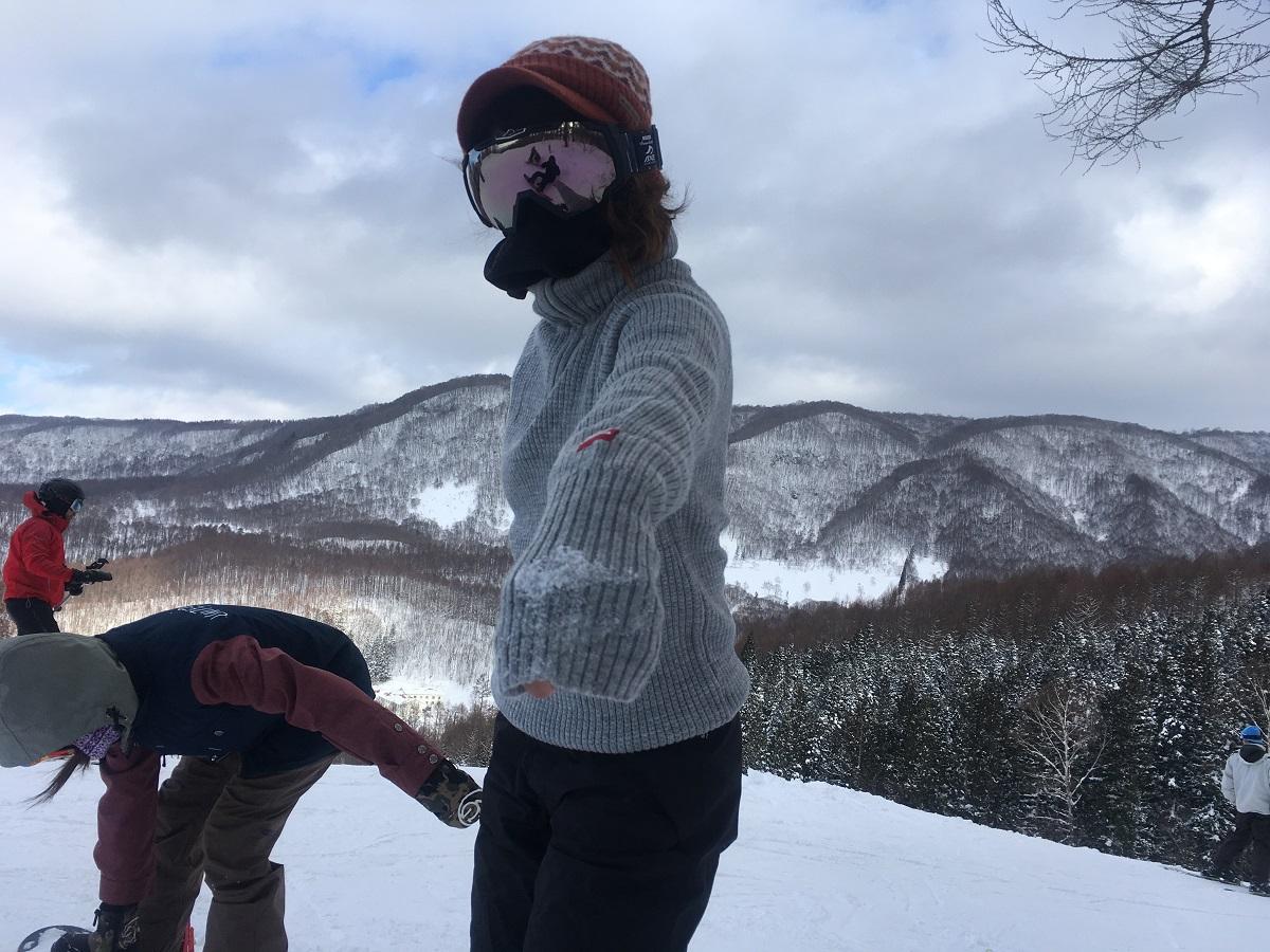 暖かいのに動きやすくて超薄手!大人向けスキー・スノボスタイルの提案♪冬のアクティビティで大活躍「Ulvang」のRAVセーター