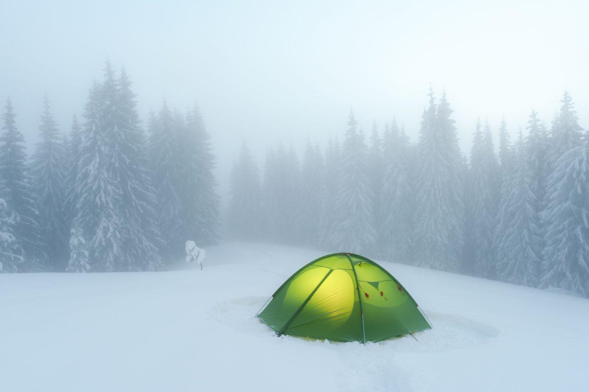 【初級編】しっかり対策すれば危険を回避!雪中キャンプで気をつけるべきポイントをチェックしよう