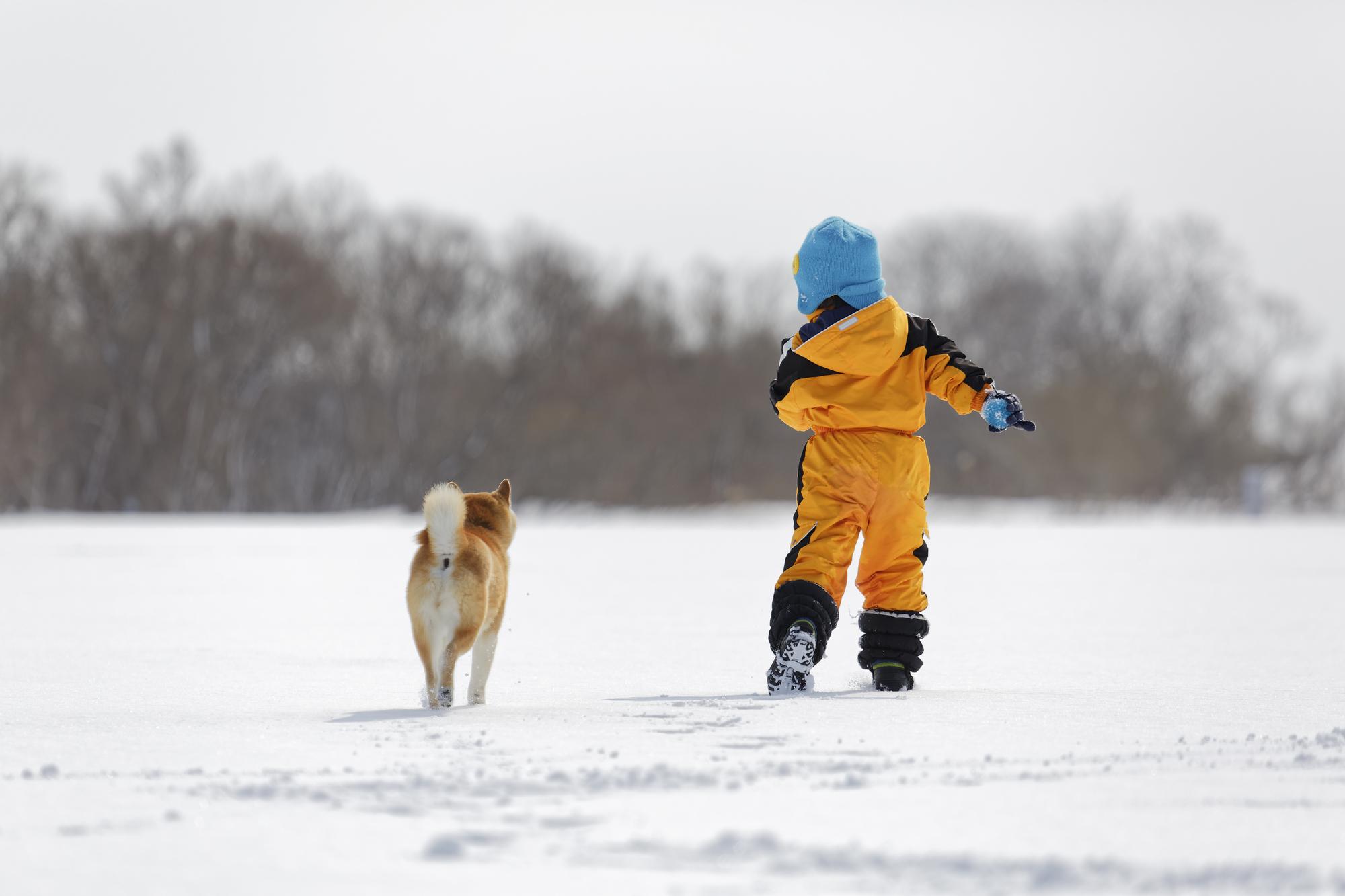 子どもの雪遊びファッション