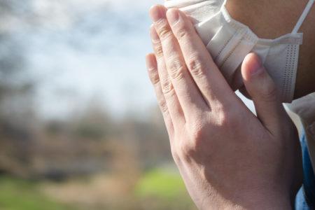 花粉の季節到来!花粉症の筆者がおすすめするアウトドアでの花粉症対策