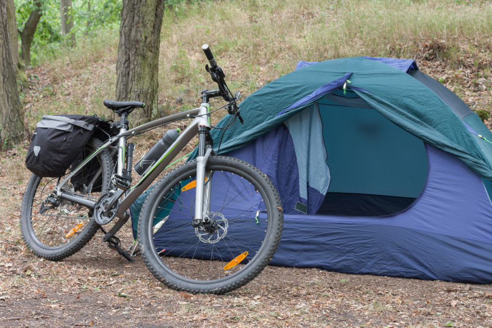自転車でツーリングキャンプ!テント選びのポイントとおすすめ10選