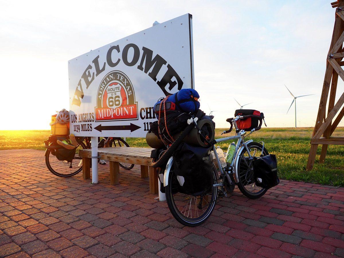 ロードバイクで旅に出よう!ロードバイクでキャンプ用品を運ぶためのおすすめキャリア5選