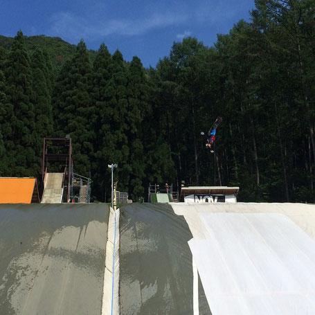 ウォータジャンプ&バグジャンプ