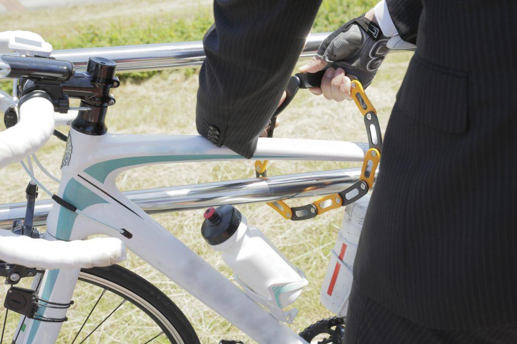ロードバイク 必須アイテム
