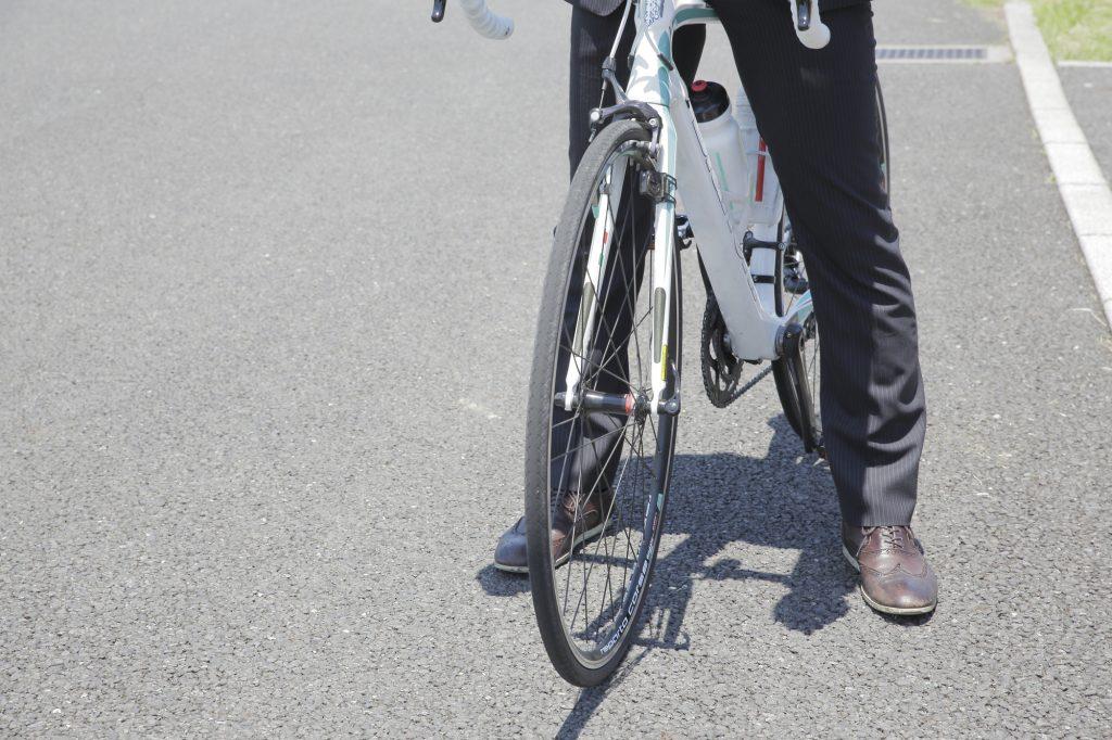 ロードバイクやマウンテンバイクのおすすめスニーカー