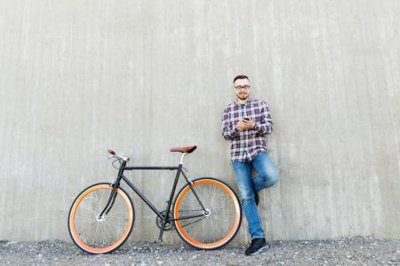 サイクリング中もOK!おすすめイヤホン&ウェアラブルトランシーバー