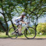 ロードバイクと併せて購入すべきものって何?4種類の必須アイテムとは