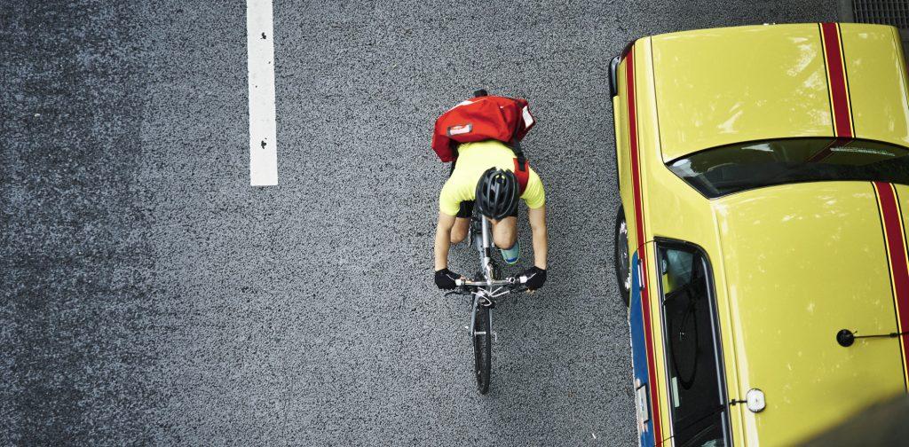 ロードバイク事故を予防