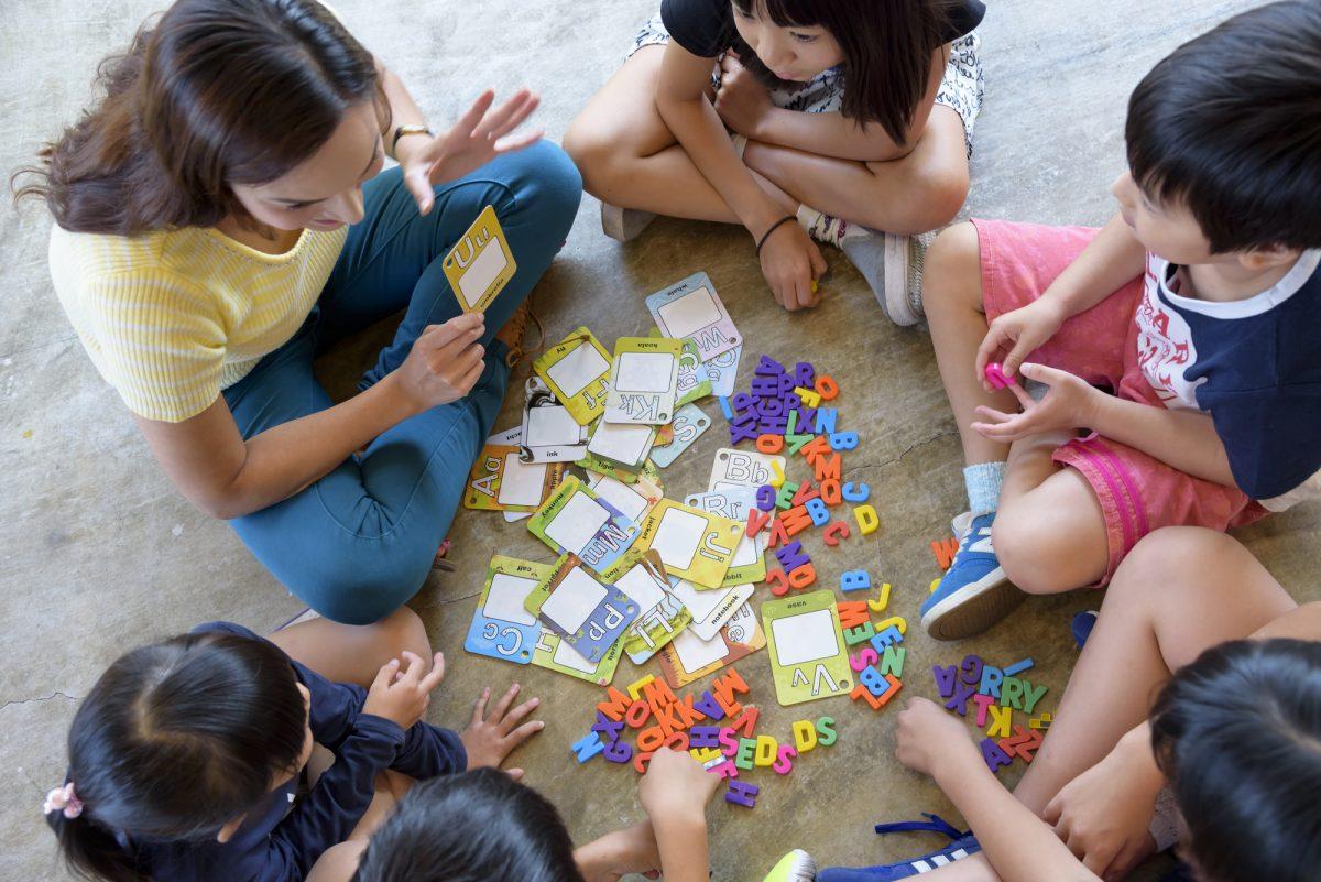 【子どもの自立心と英語力を育む】楽しく遊びながら学べるイングリッシュキャンプとは?