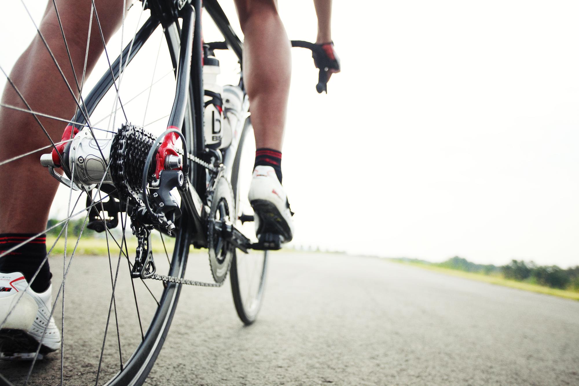 ロードバイクやマウンテンバイクで大活躍!ビンディングペダルの基本と注意点について