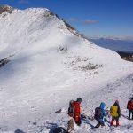 実地経験重視の登山教室「無名山塾・こぐま自然クラブ」で安全登山を学ぶ