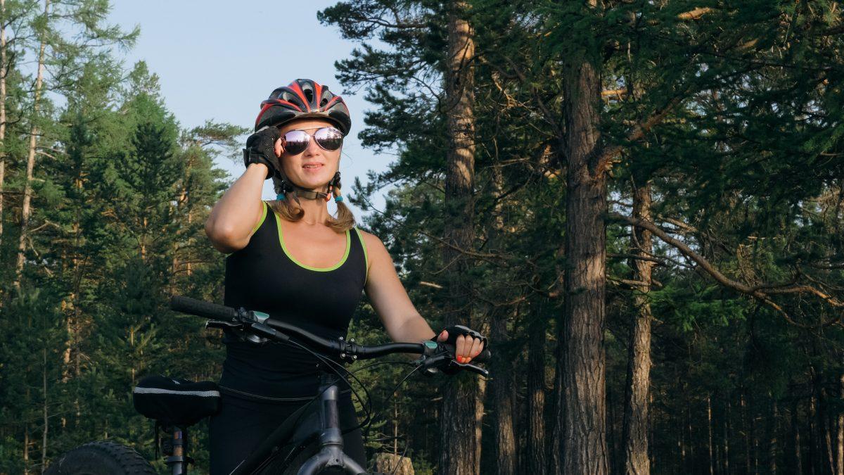 サイクリングにアイウェアが必要な理由&おすすめアイウェアブランド3選