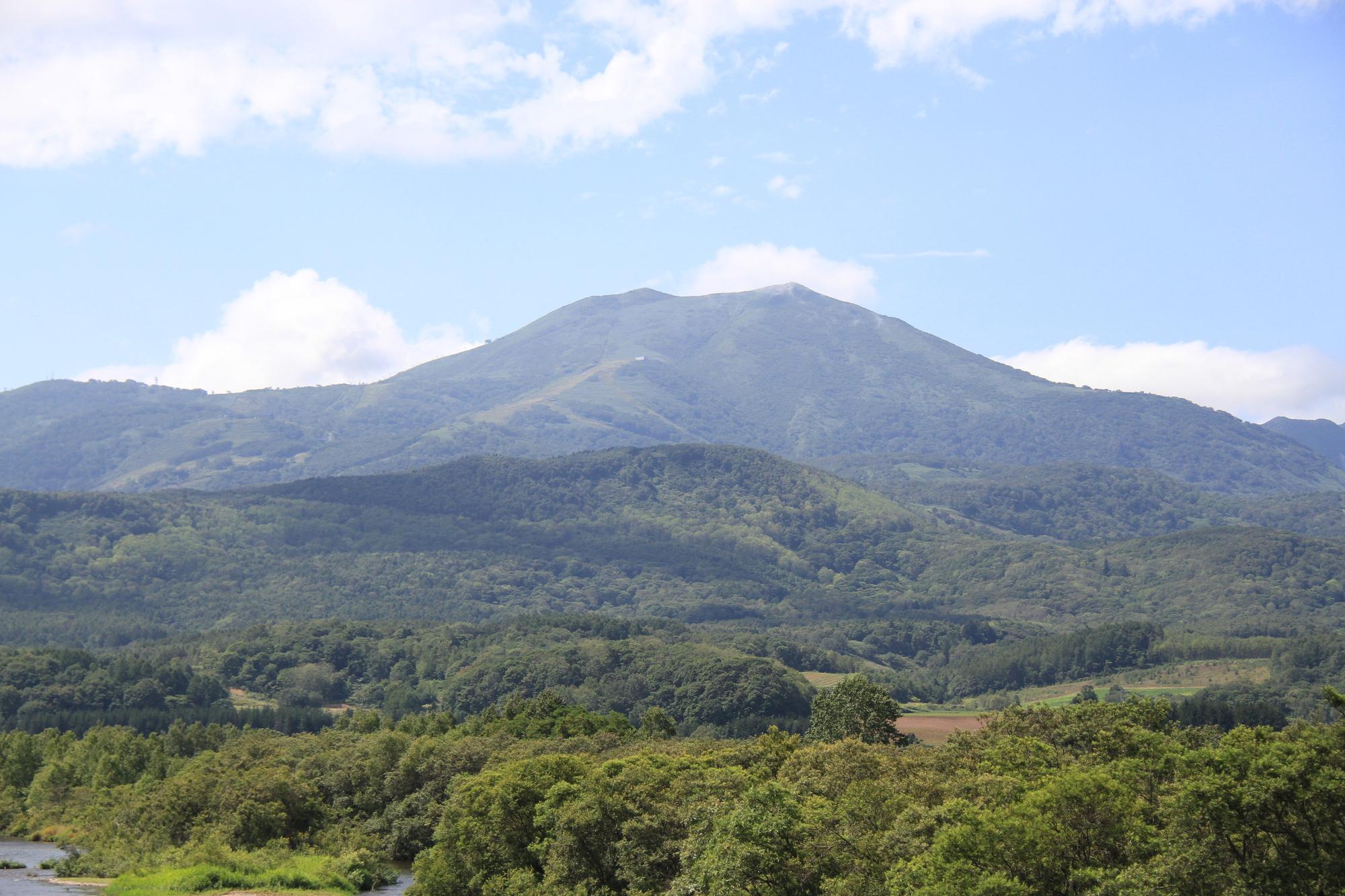 北海道の山を登る