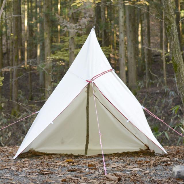 キャンプにブッシュクラフト