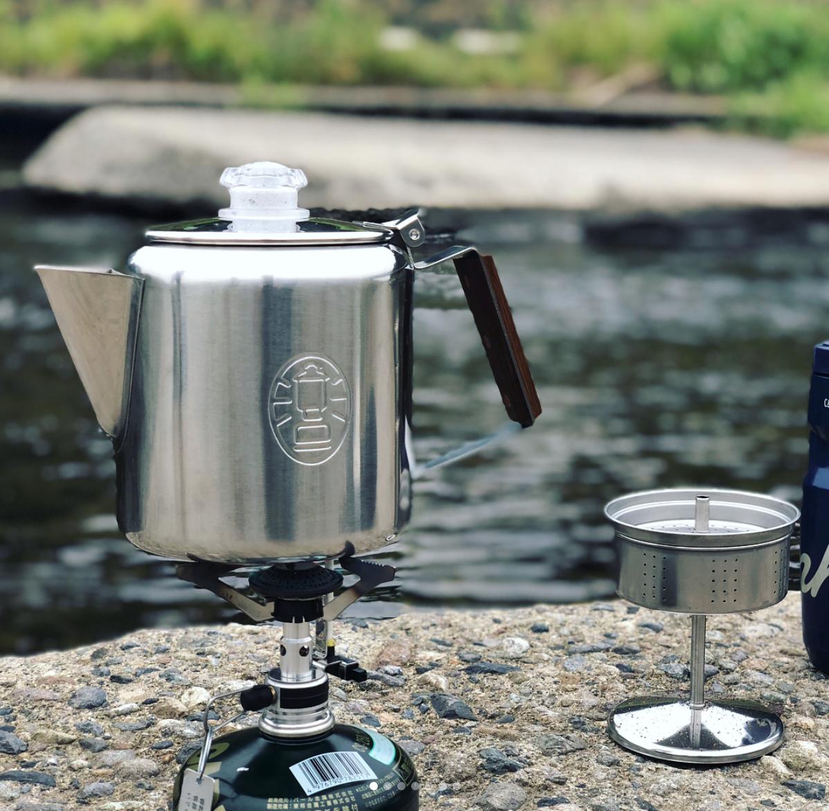 パーコレーターキャンプのコーヒー