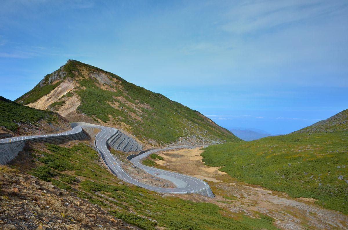 【最高の達成感を味わおう】苦しいけどロードバイクで登りたい!全国にある激坂スポット