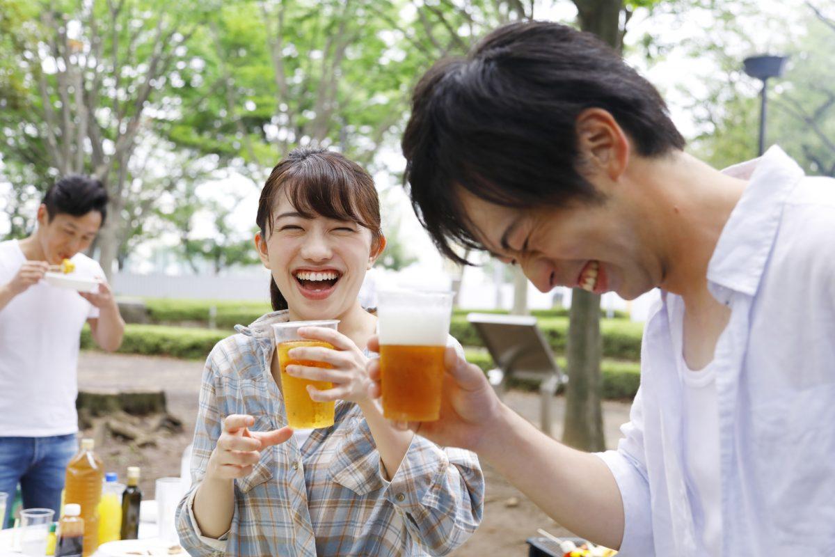 最後の1滴まで冷たいまま!アウトドアで美味しいビールを飲むための極意&アイテム