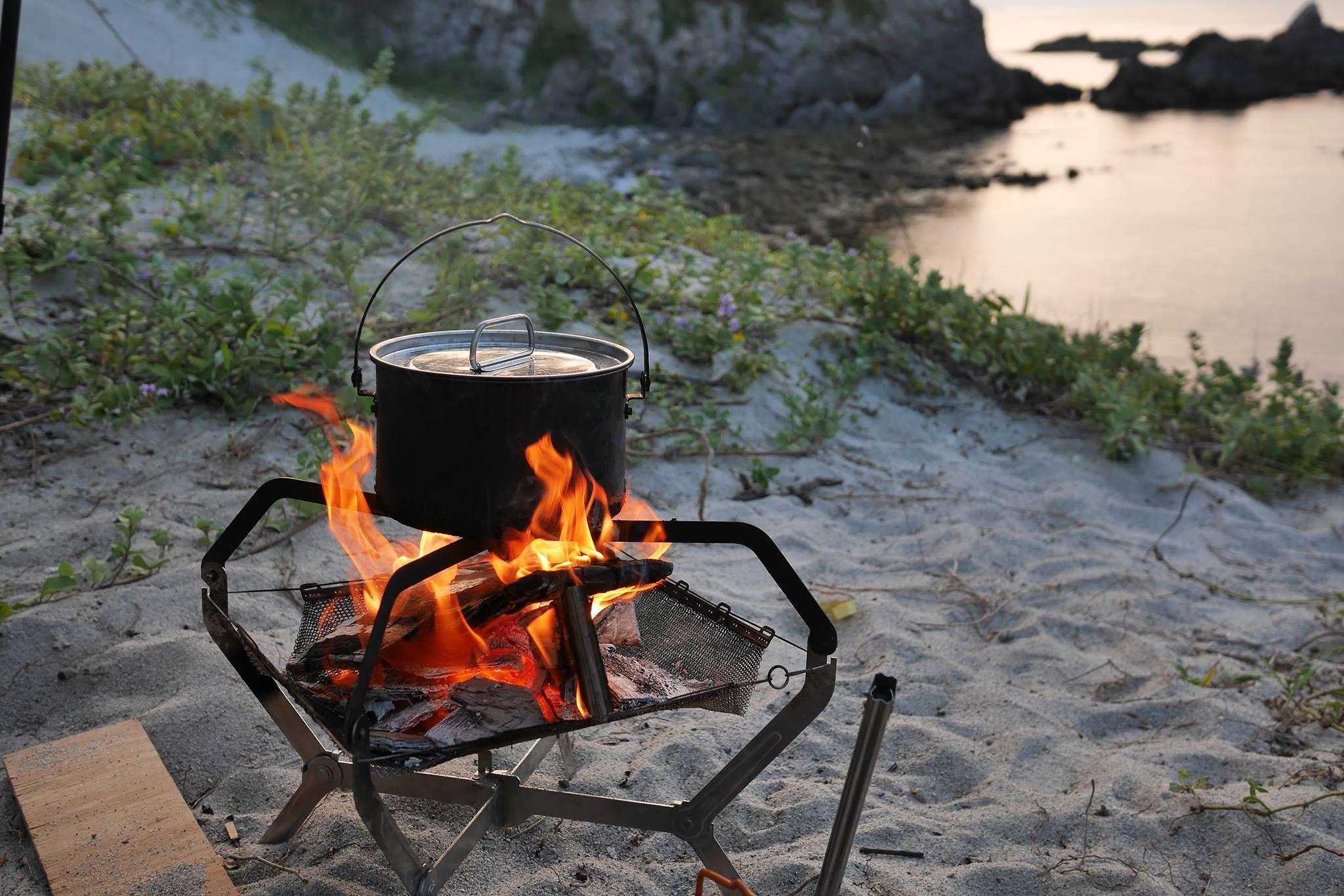 焚き火の秋♪いつでもどこでも持ち出せる1kg以下の軽量・コンパクトな焚き火台がほしい!