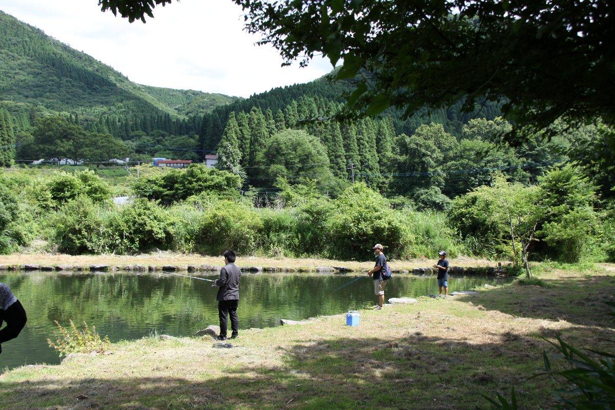【西日本編】キャンプmeets管理釣り場♪気軽に魚釣りができるキャンプ場へ行こう!