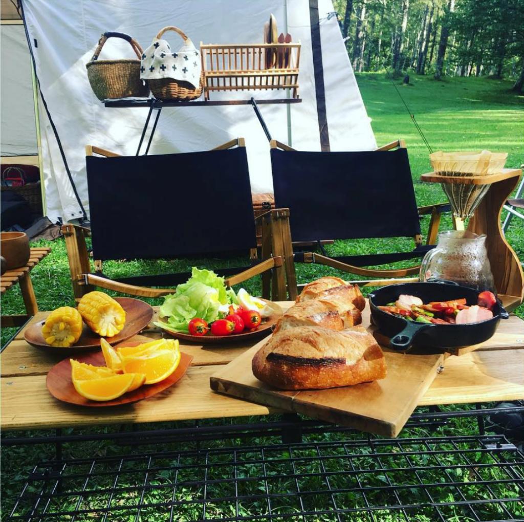 キャンプで木製食器