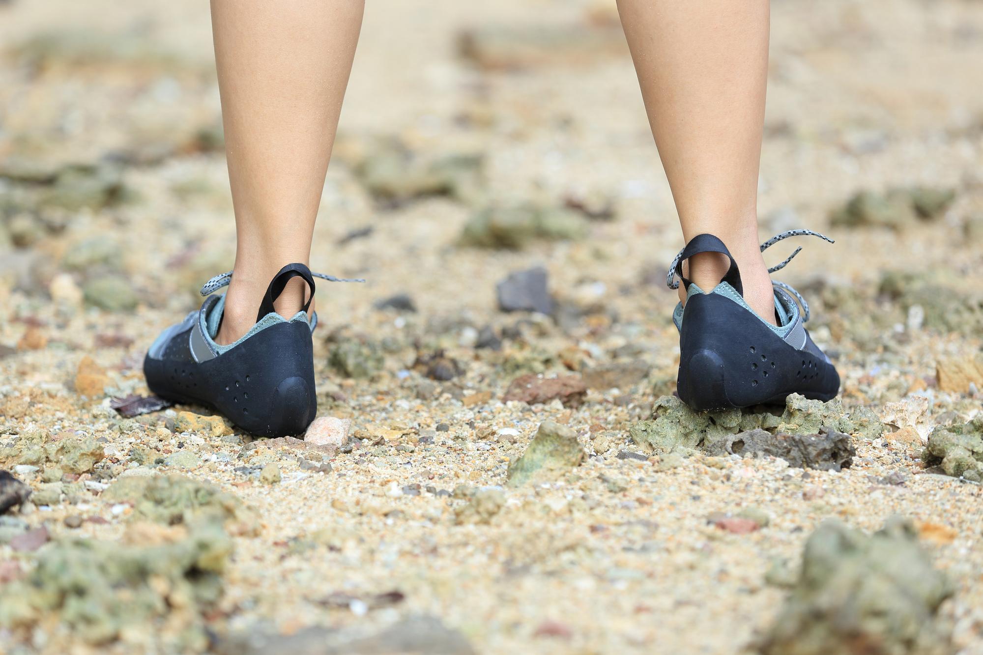 子供用クライミングシューズ(登山靴)