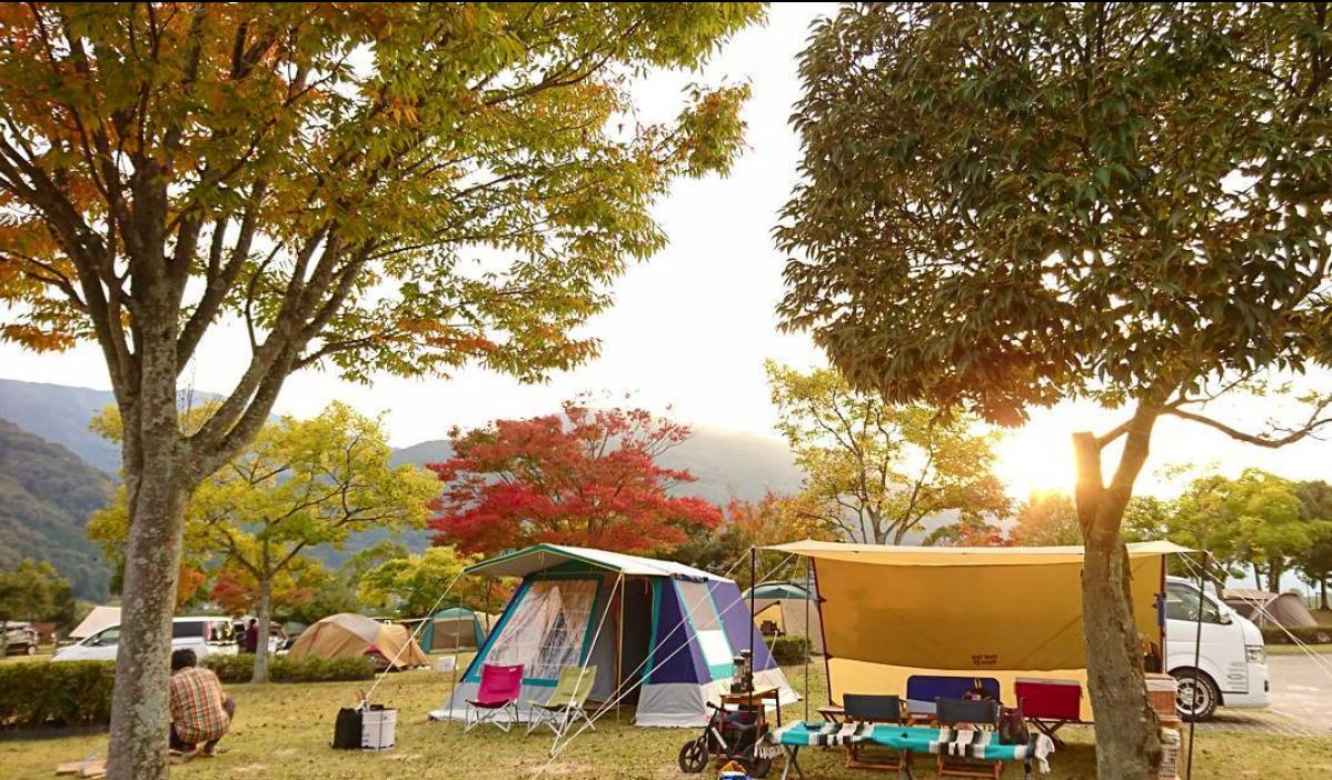 見ごろに合わせて予約しよう♪紅葉が綺麗なキャンプ場~四国・九州編
