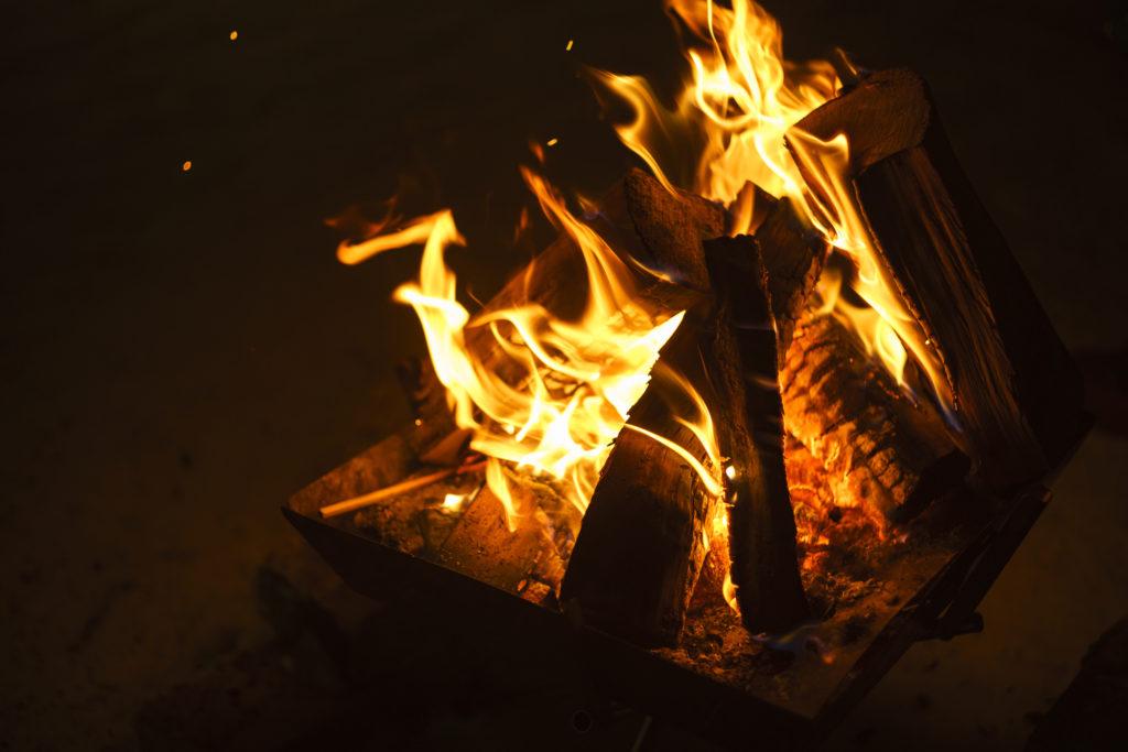 焚き火に強い難燃ウェア