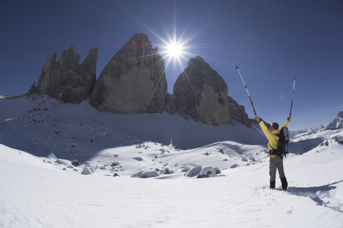クロスカントリーやスノーシューなど子供から年配者まで楽しめるイタリアの雪山の遊び方