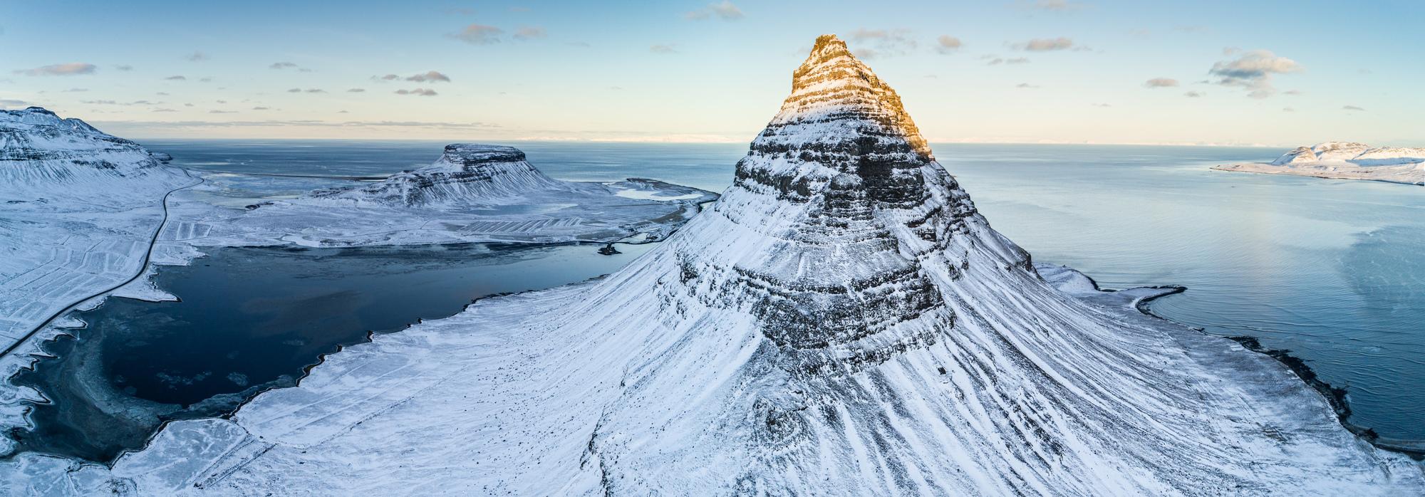 アイスランドのスノーモービル・ツアー