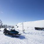 スノーモービルが身近な北欧フィンランド!交通ルールとガイド付きツアー