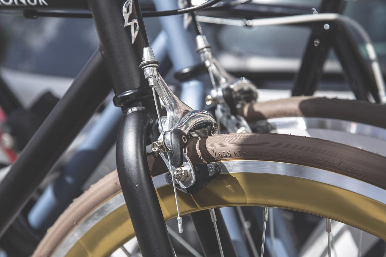 自転車キャリパーブレーキマウンテンバイク・MTBのブレーキ