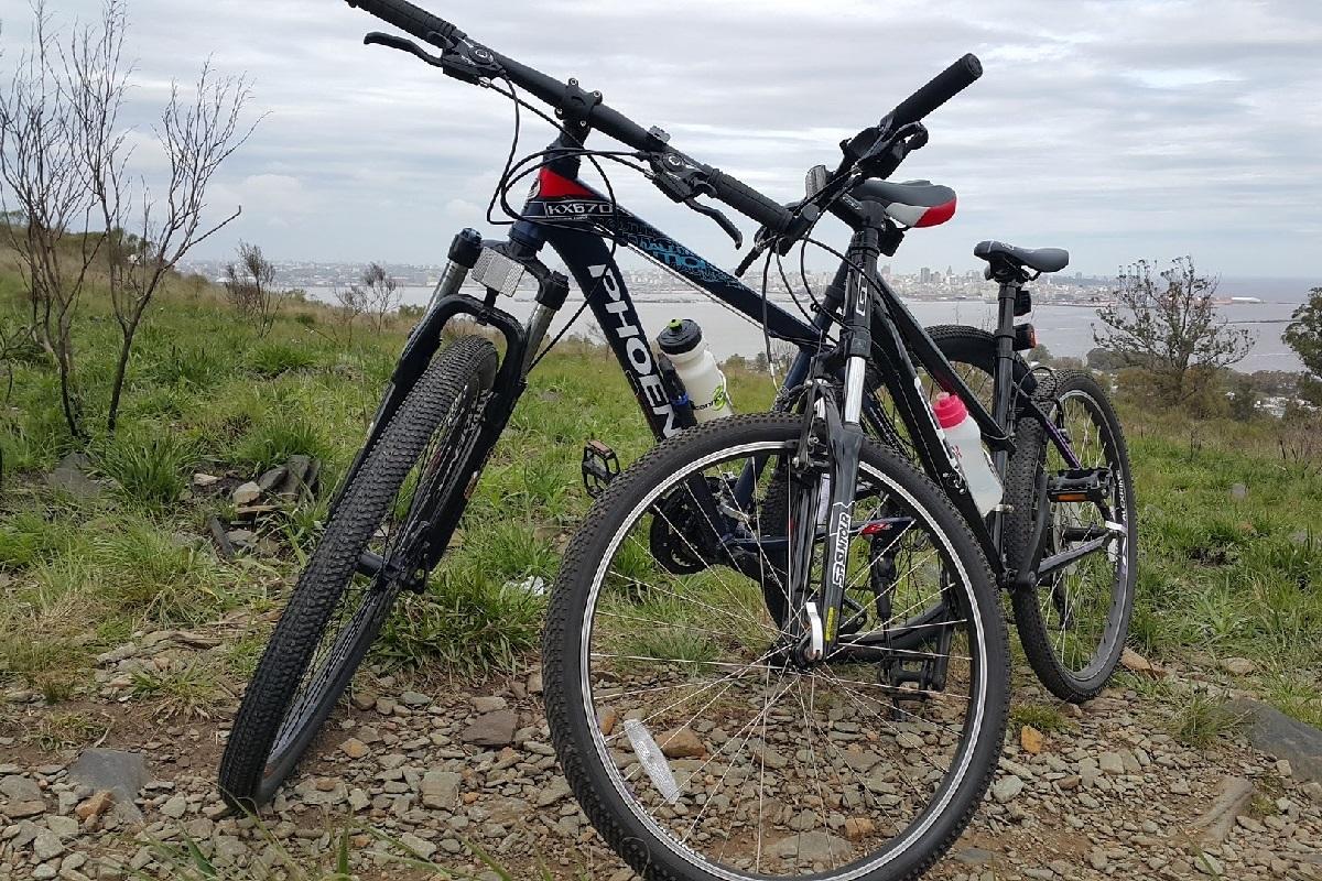 MTBハードテイル駐輪ハードテイルマウンテンバイク・MTB