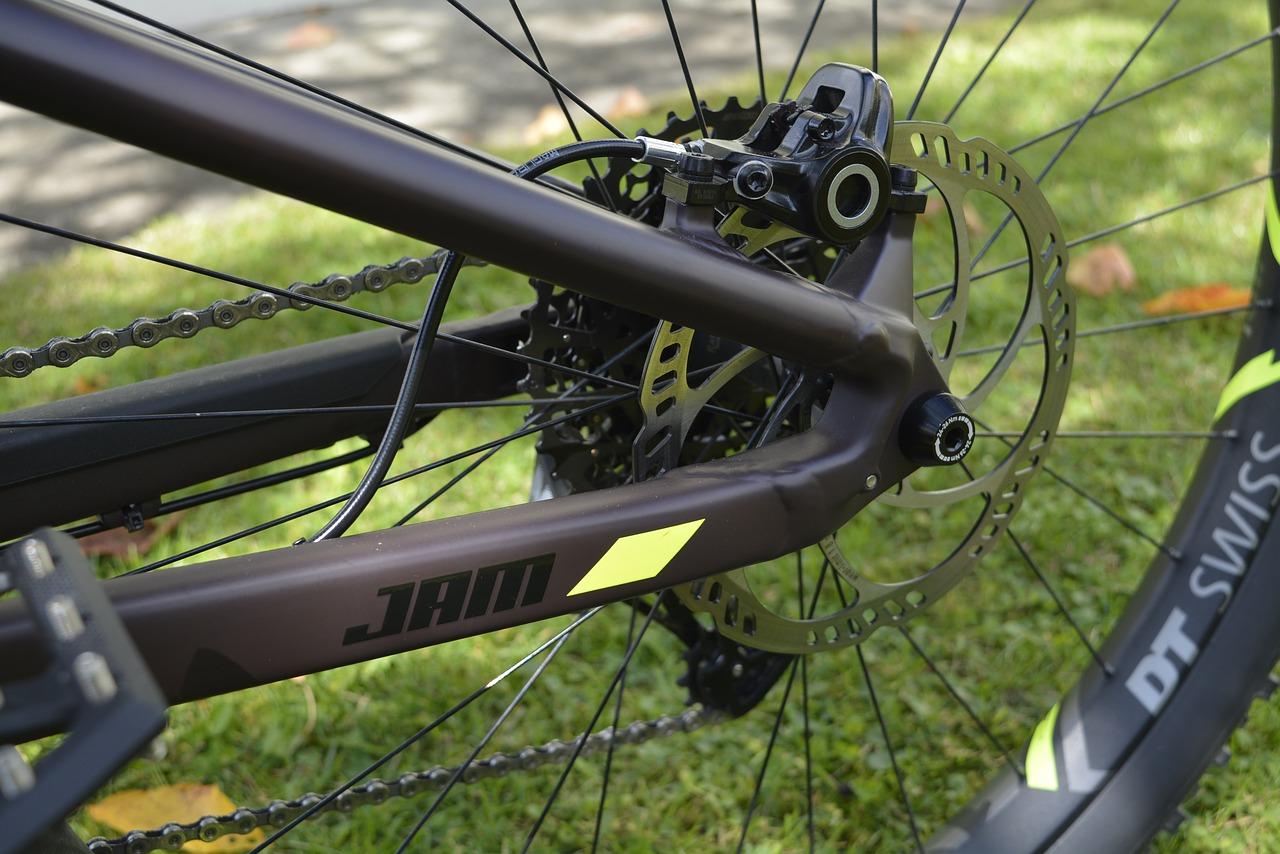 MTBディスクブレーキリアタイヤマウンテンバイク・MTBのブレーキ