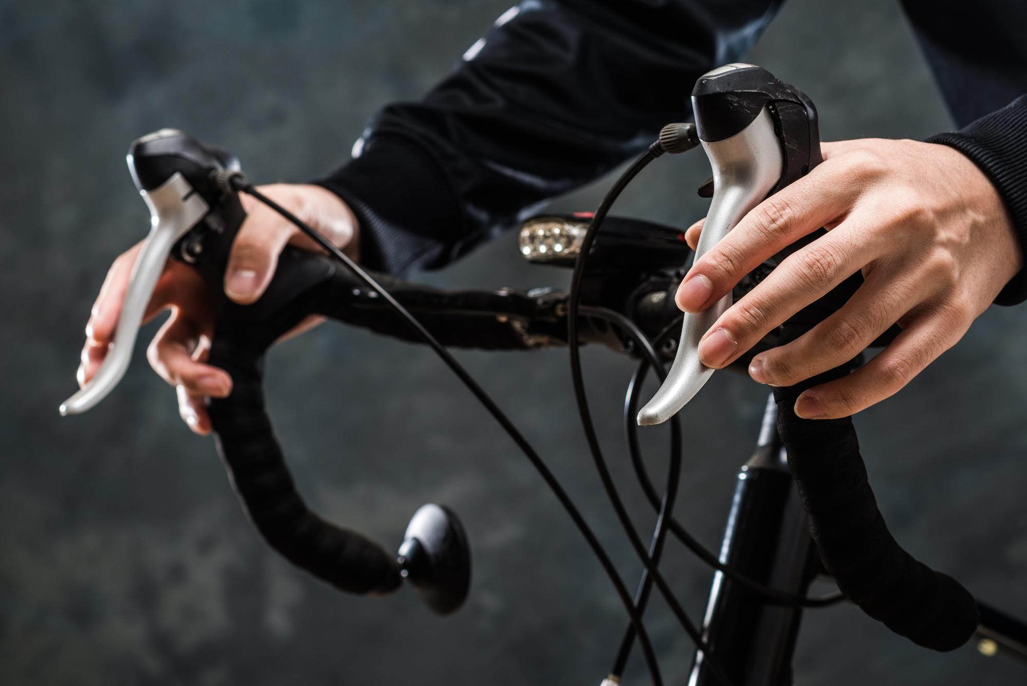 ロードバイクのライト選びに意外な落とし穴?ロードバイクに重要な「ライト」の選び方