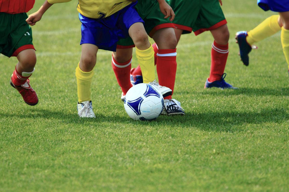 子供に習わせたいスポーツ、サッカーが人気の秘密